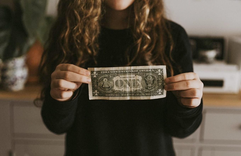 Як правильно економити гроші